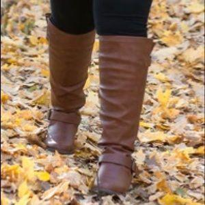 Letoya Everyday Flat Boot